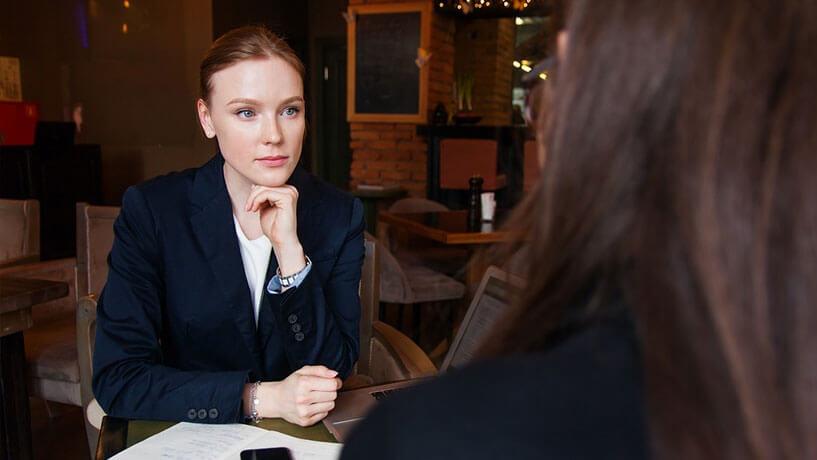 My Jopportunity - Gehaltsverhandlungen die wichtigsten Tipps - Frau im Bewerbungsgespräch